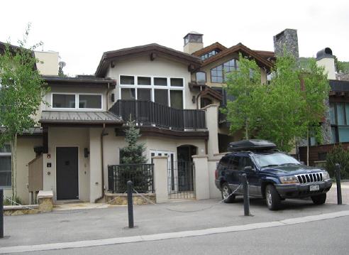 Creekview Property LLC y GELA GALLARDO