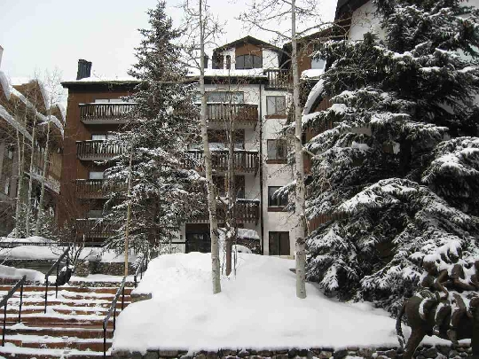 Adolfo del Valle Ruiz controlled the company that owns this $3 million dollar condo in Vail, Colorado